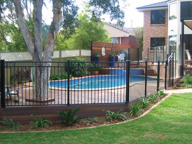 black aluminium pool fencing